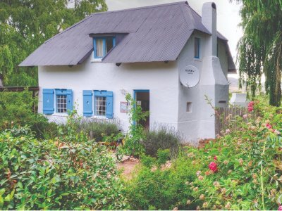 little-oak cottage greyton pet-friendly