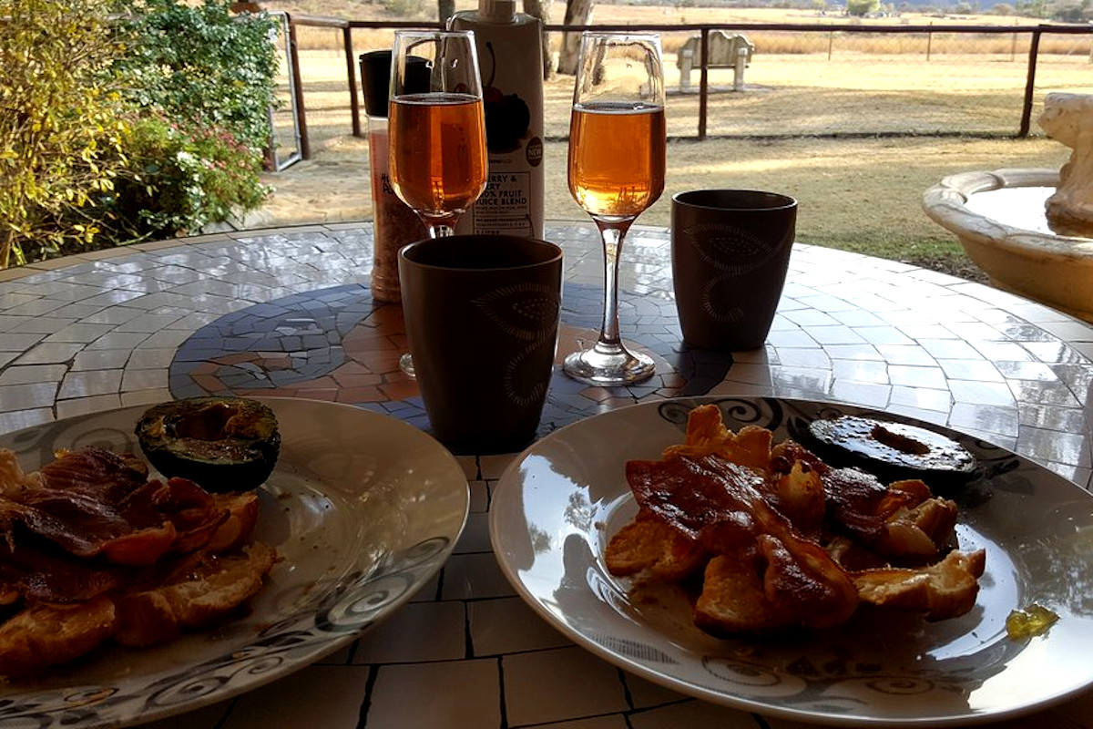 the-tuscan-champagne-breakfast