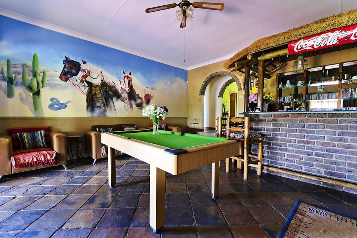 the-tuscan-dog-friendly-accommodation-games-room