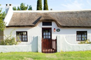 buglers-cottage-pet-friendly-accommodation-stanford
