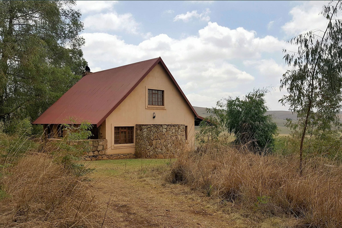 Highlands Fish Eagle Cottage exterior-2